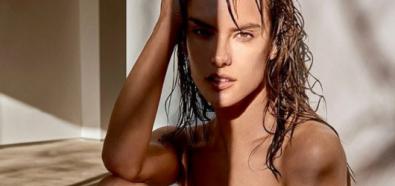 Alessandra Ambrosio roznegliżowana w mokrych włosach