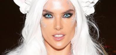 Alessandra Ambrosio białym Pegazem