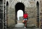 Alessandra Ambrosio zwiedziła Wielki Mur Chiński