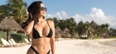 Ana Cheri w małym czarnym bikini