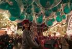 Eiza Gonzalez odlatuje z balonami