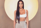 Kim Kardashian w prześwitującej stylizacji