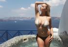 Lindsey Pelas wyzywająco w bikini na wakacjach
