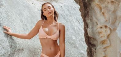 Pia Muehlenbeck z naoliwionym ciałem w bikini
