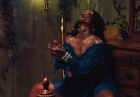 Rihanna w mrocznym klimacie