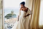 Rihanna ścisnęła piersi
