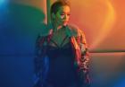 Rita Ora jako gorąca modelka