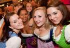 Oktoberfest - piwo - kobiety