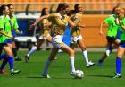 Miss Universe 2011 - piękne dziewczyny grają w piłkę nożną
