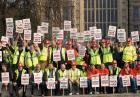 Strajkujący brytyjscy robotnicy