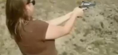 Idioci z bronią w akcji