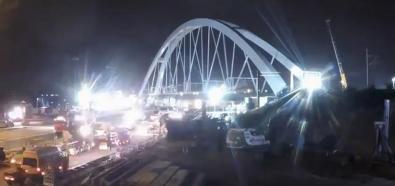 Operacja przesuwania mostu