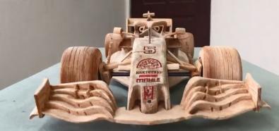 Bolid F1 z drewna
