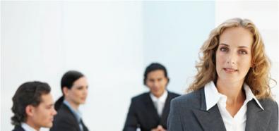 Forbes: Jak romansować w pracy?