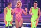 Britney Spears w scenicznych strojach