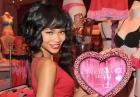 Chanel Iman promuje walentynkowe prezenty od Victorias Secret