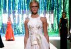 Erin Heatherton - seksowna modelka podczas pokazu Mercedes Benz Fashion Week Australia