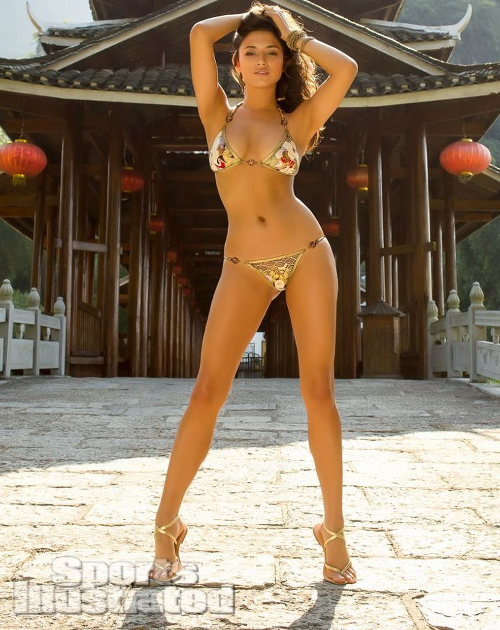 Pin robin meade high quality image size 453x680 of photos - Robin meade swimsuit ...