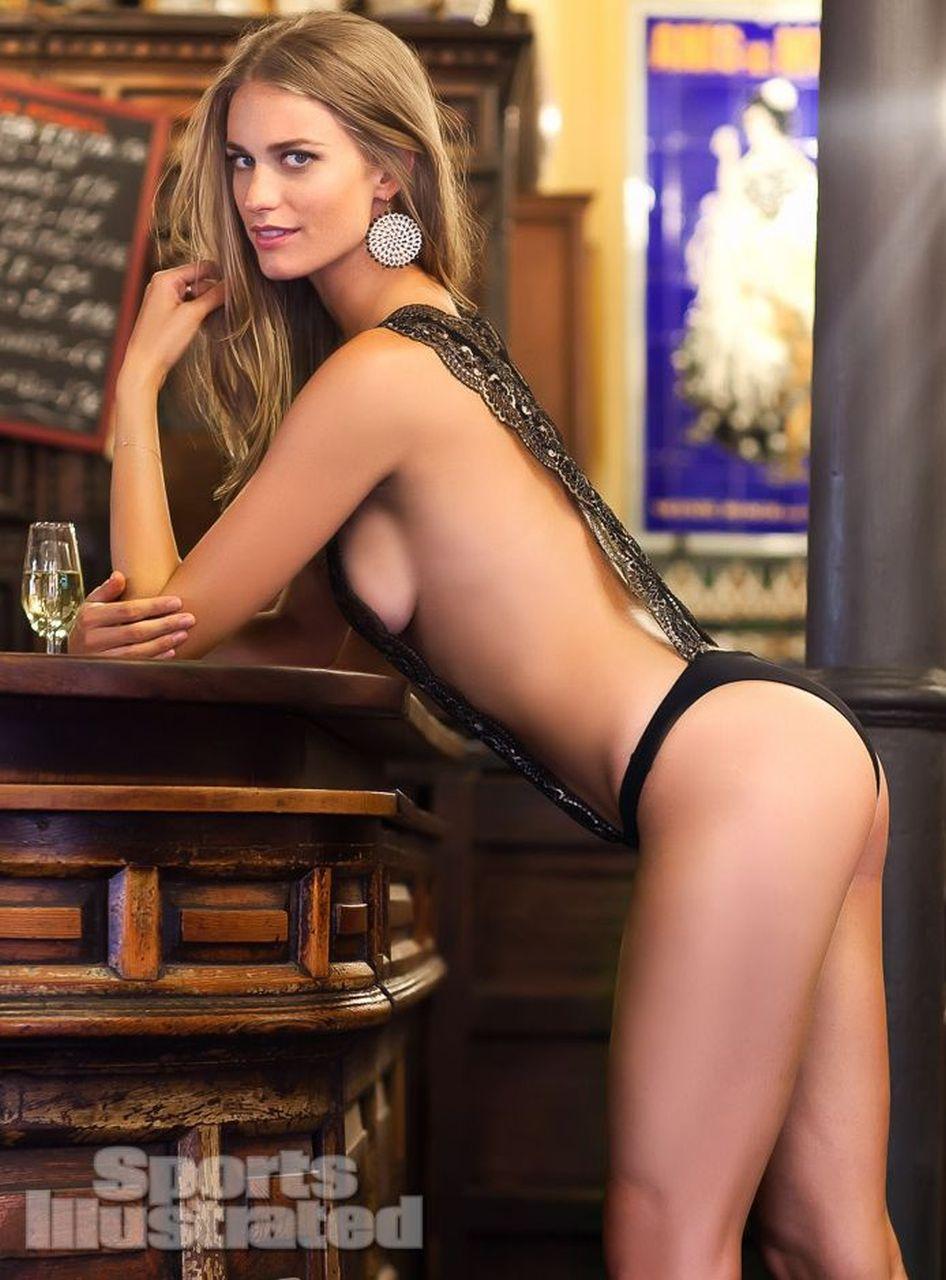 julie henderson nude pics