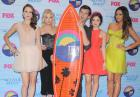 Kenal Jenner, Nikki reed, ariana Grande, Chelsea Kane, Lucy Hale podczas Teen Choice Awards