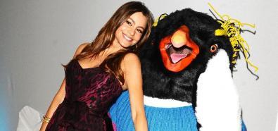 Sophie Vergara - aktorka na premierze filmu Happy Feet 2 w Londynie
