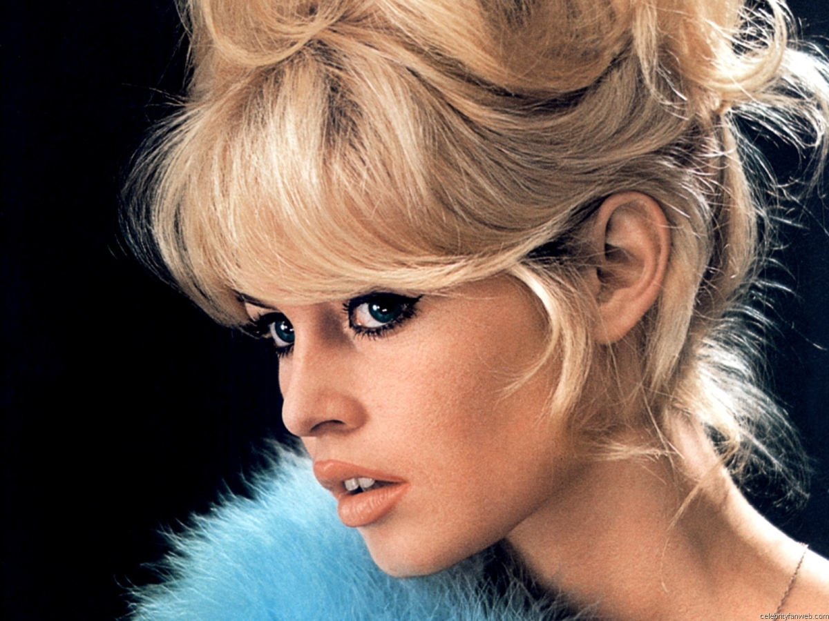 brigitte bardot 9 Adult Emoticons and Avatars Software Informer: Latest version download, ...