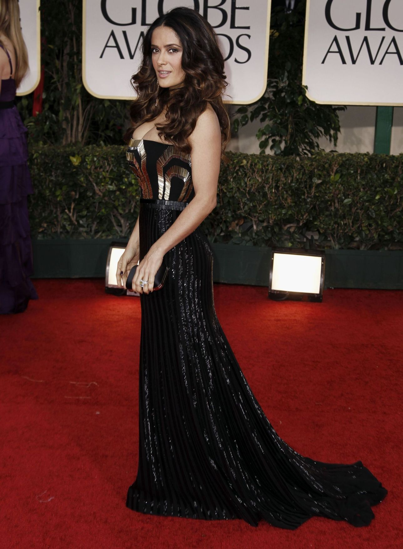 Selma hayek boobs at golden globes