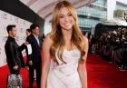 Taylor Swift i Miley Cyrus na gali American Music Awards 2010