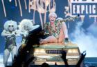 Miley Cyrus prowokuje podczas obscenicznej trasy koncertowej