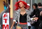"""Rihanna pracuje nad teledyskiem do utworu """"What's my name?"""""""