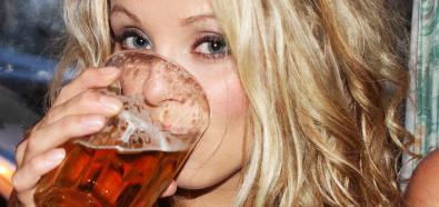 Jak pić piwo, żeby smakowało najlepiej?