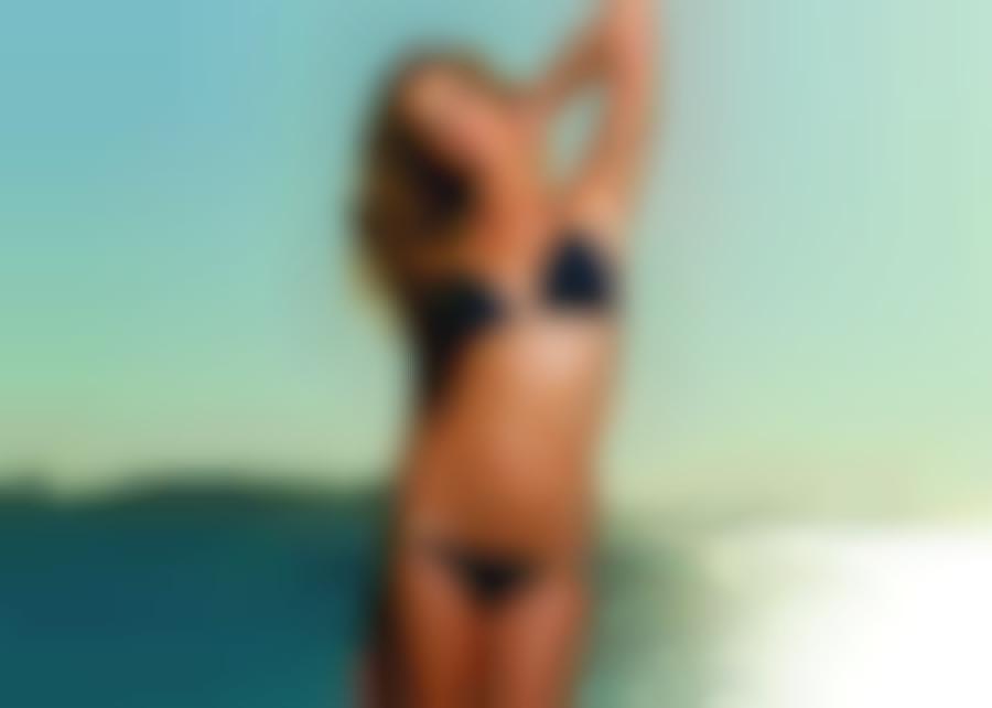 фото девушек в экстримальных купальниках