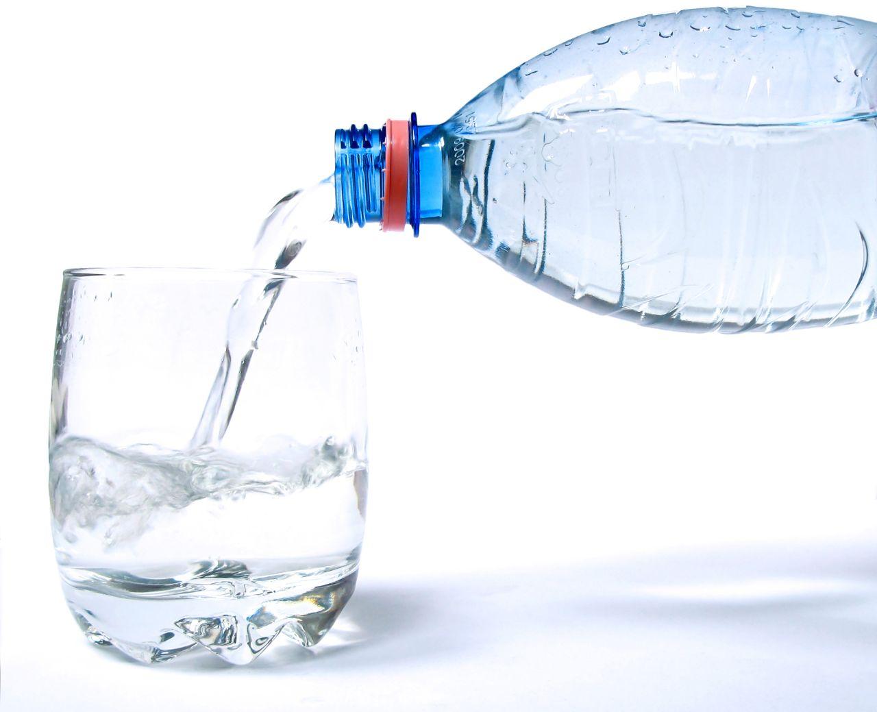 Pielęgnacja - jak dbać o usta, by zapobiegać spierzchaniu się