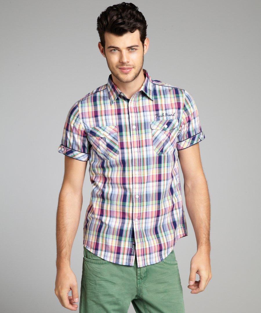Koszula z krótkim rękawem ? jak ją nosić?
