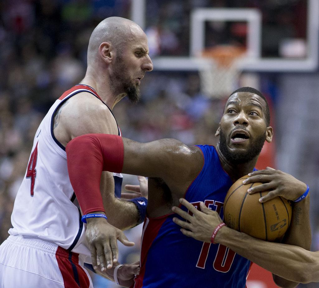 NBA: Marcin Gortat śrubuje rekord double-double w sezonie