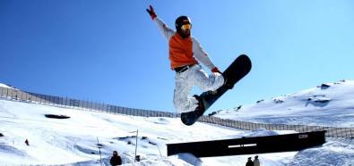 Lawina porwała snowboardzistę