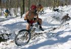 Jazda po śniegu na rowerze