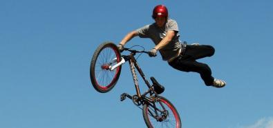 Dirt Jumping - rower - skoki na rowerze - przygoda - adrenalina