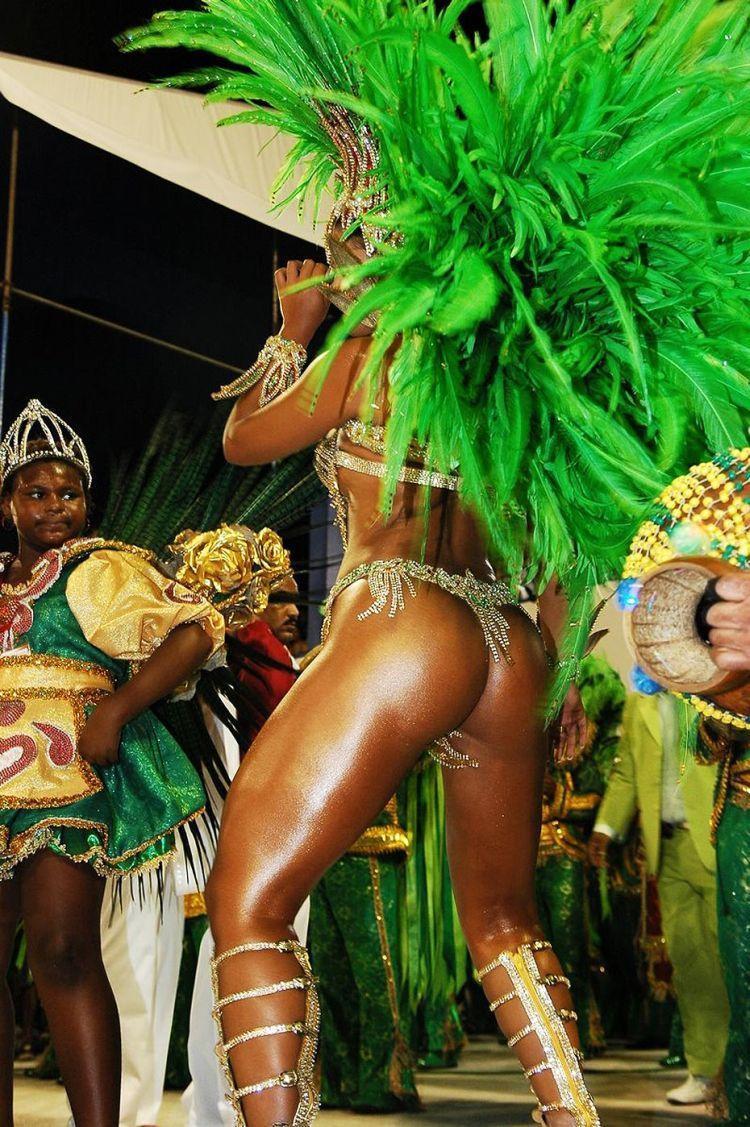 porno-shou-braziliya