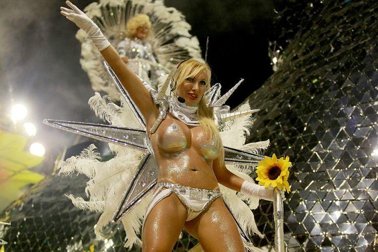 brazilskiy-karnaval-seks-nd